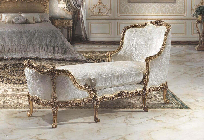 Элитная мебель из массива дерева классичкая